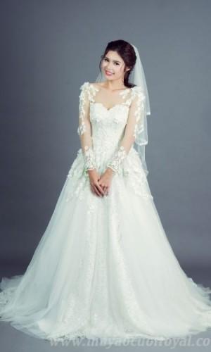 áo cưới công chúa màu trắng có tay đẹp
